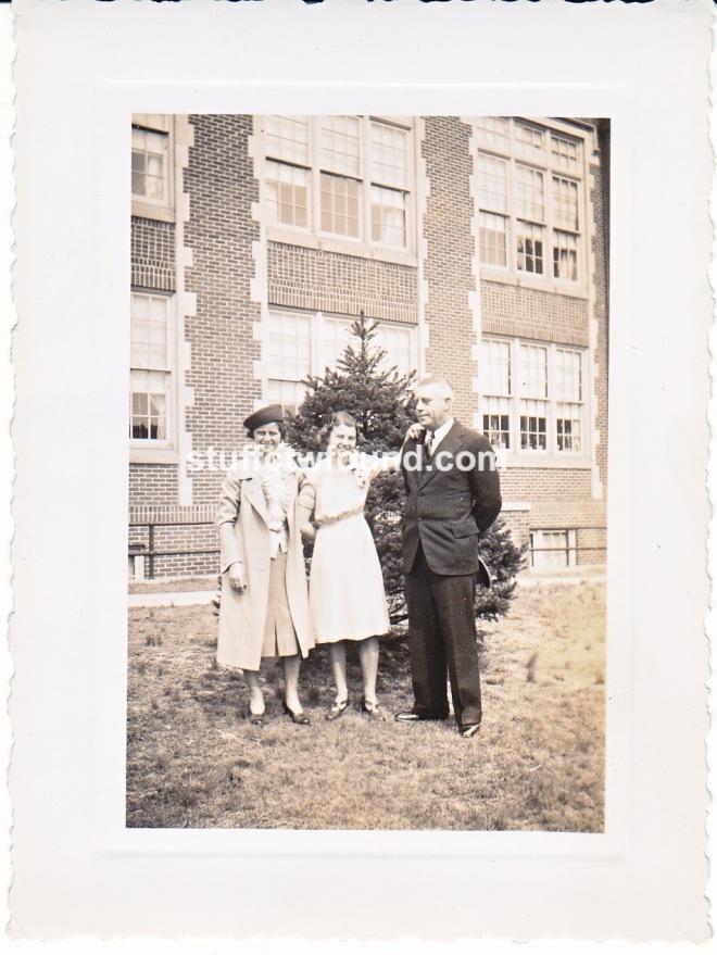 1943 H S graduation