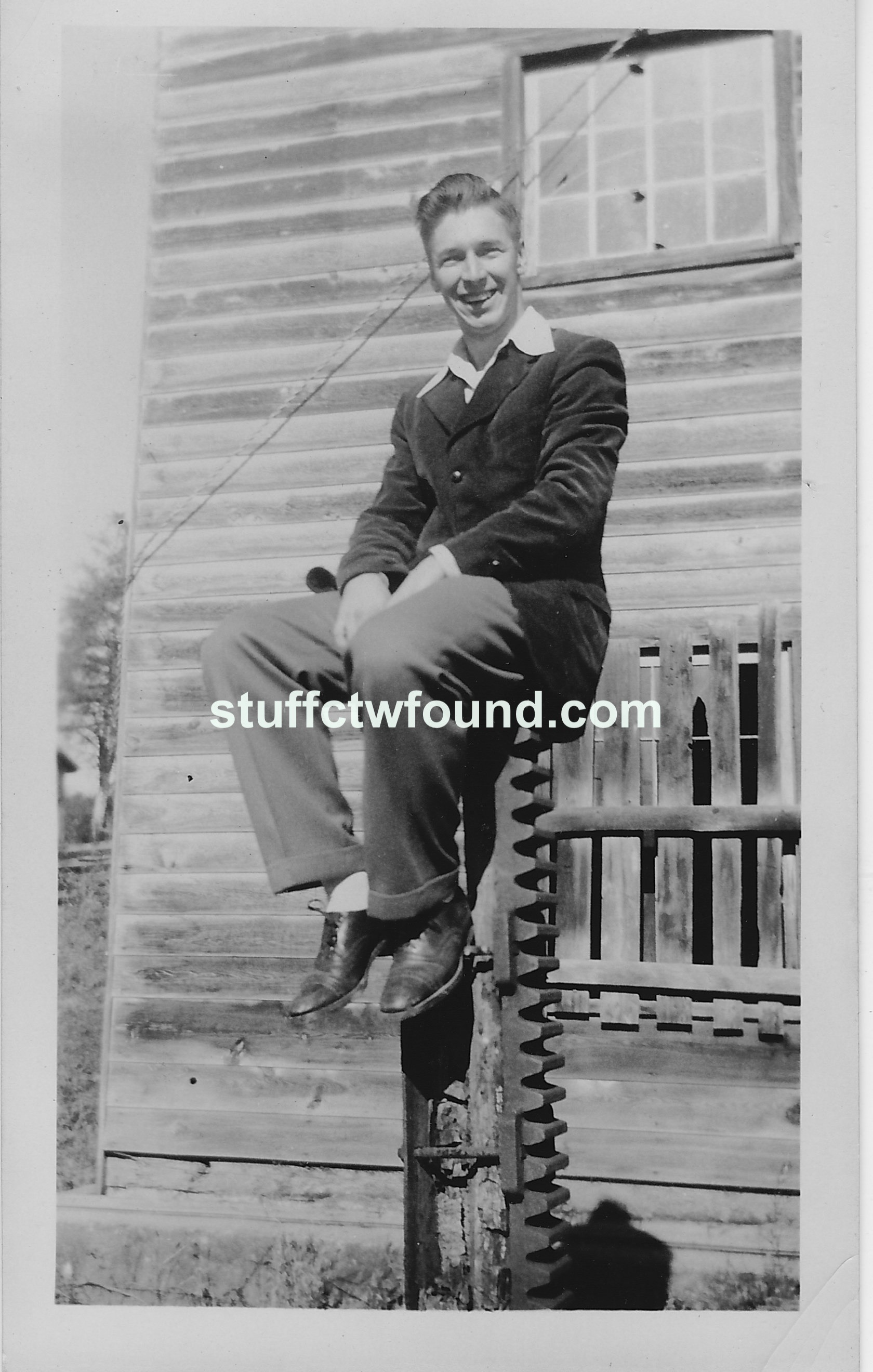 Harold Lee Bennett – Stuff I Found